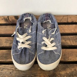 Shoes - Mad paw slip ons